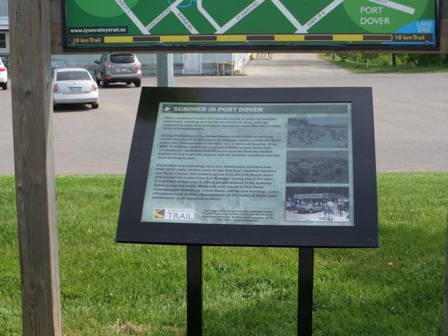 lynn-valley-trail-signs-1